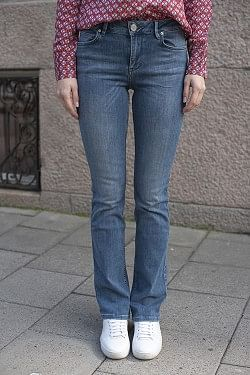 Remi Jeans Mid Blue