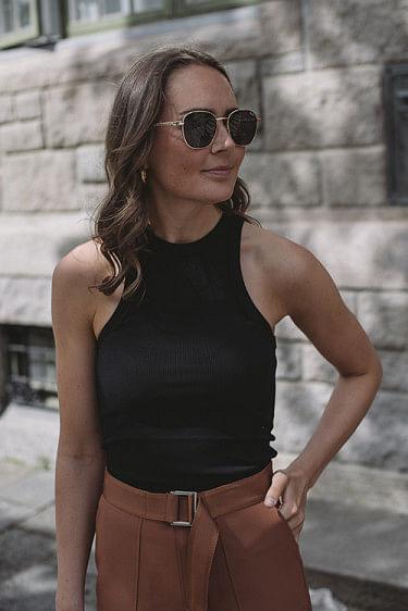 Eva Tank Black