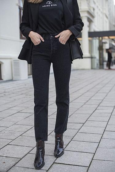 Lara Jeans Black