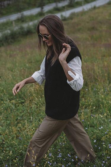 Zabidoo Vest Black