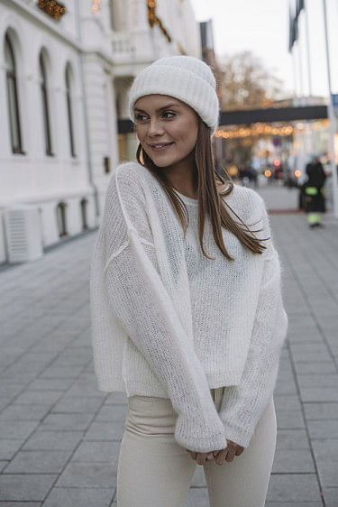 Zazow Sweater Snow