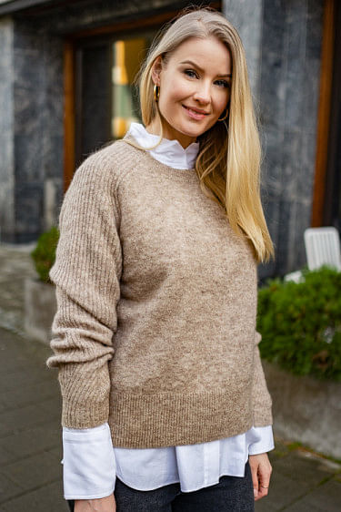 Ana Sweater Beige