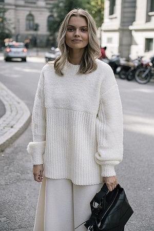 Joannas Sweater Soft White