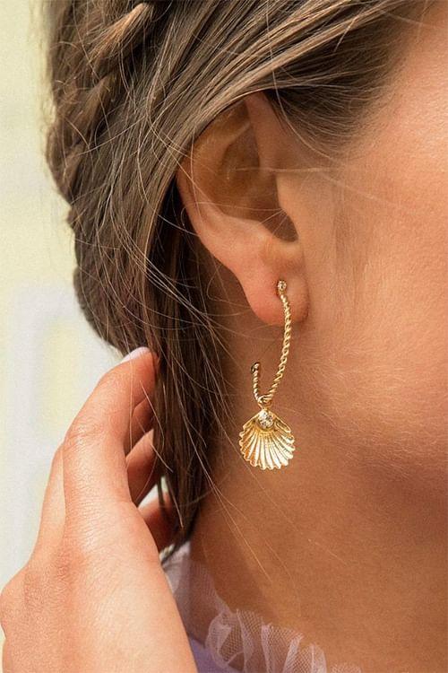 Caroline Svedbom Nani Shell Earring Gold Crystal øreringer