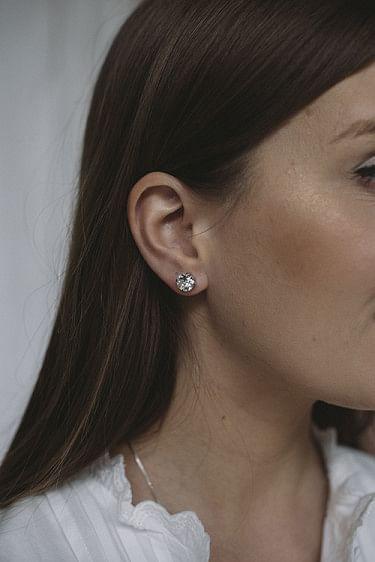 Classic Stud Earring Silver Rhodium/Crystal