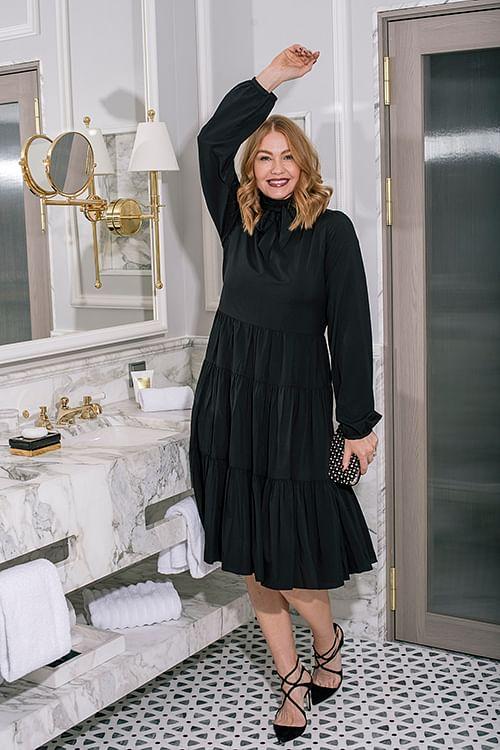 Cathrine Hammel Bowtie Peplum Midi Dress w/Long Sleeves Black kjole
