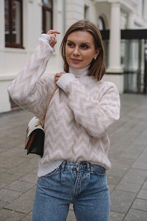Camilla Pihl Minute Herringbone Sweater Sand genser strikk
