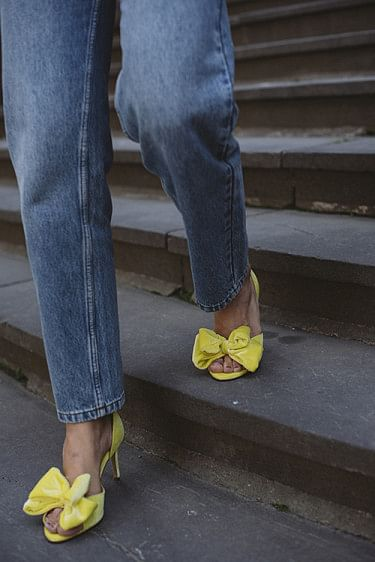 Marita Velvet Sandals Sulphur Spring