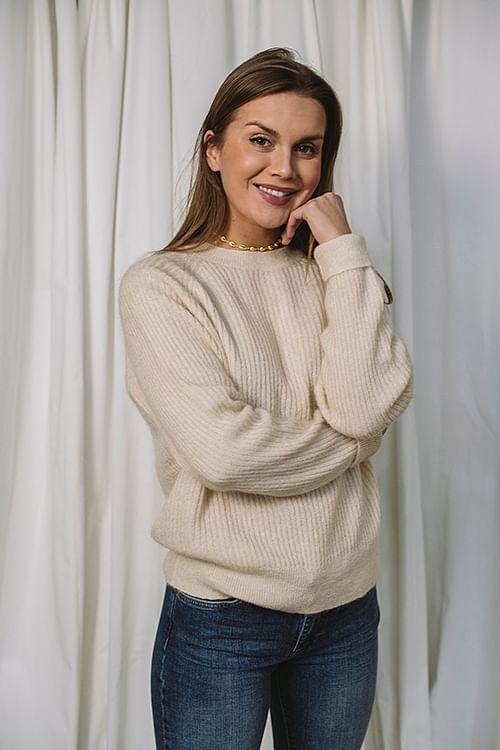 Essence Sweater Ivory