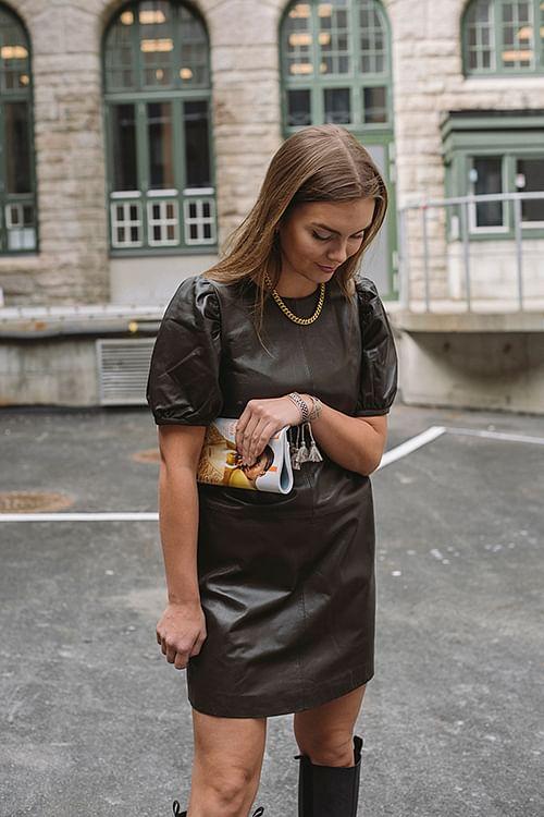 Day Birger et Mikkelsen Pigeon Dress Bitter kjole skinnkjole