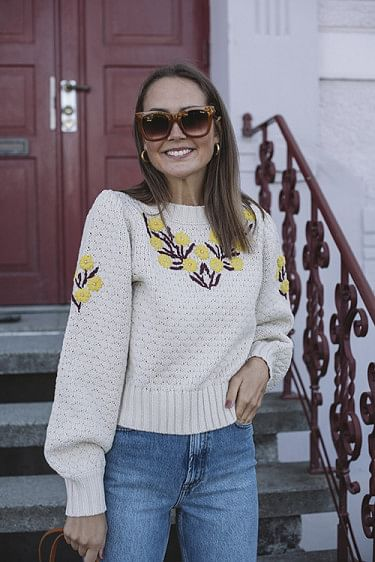 Rose Pullover Ivory