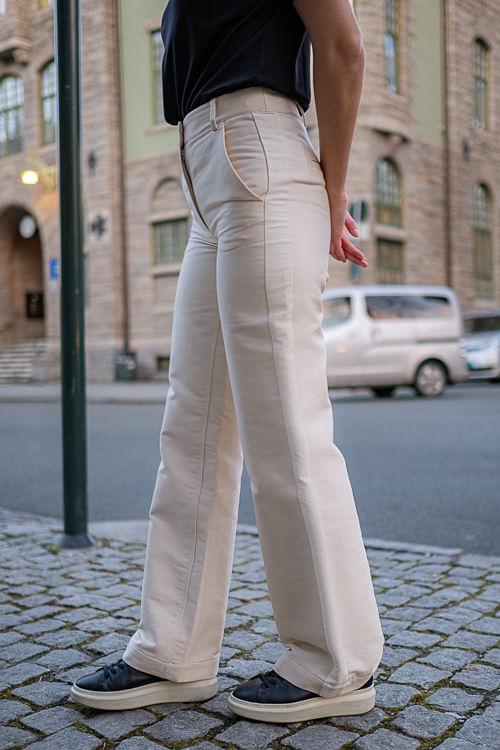 Hailey Flare Pants Cream