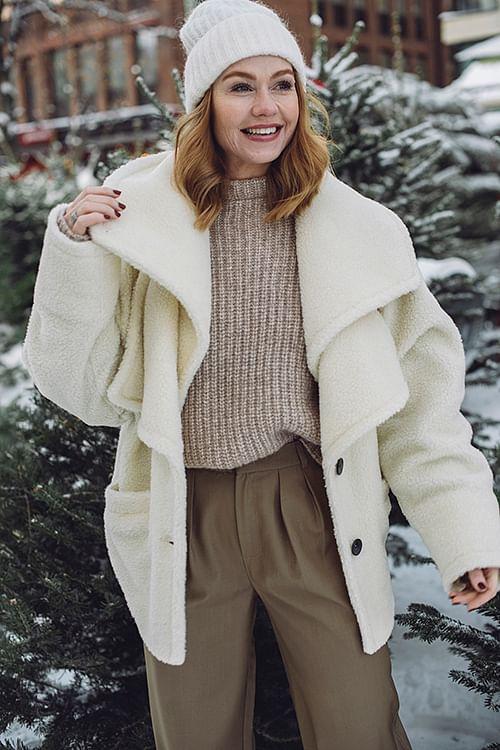 Beth Coat Cream