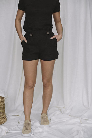 Emilia Linen Shorts Black