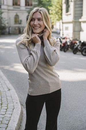 Rosie Merino Sweater Beige