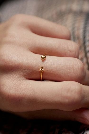 Simple Flower Ring
