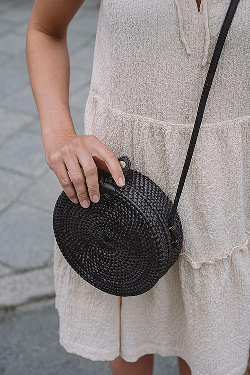 Farow Rolling Roundie Bag Black veske