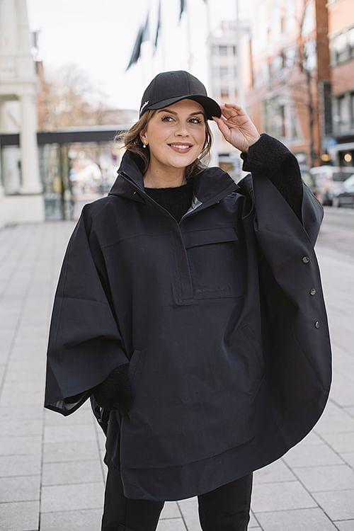 Fleischer Couture Libra Rain Poncho Black regnjakke
