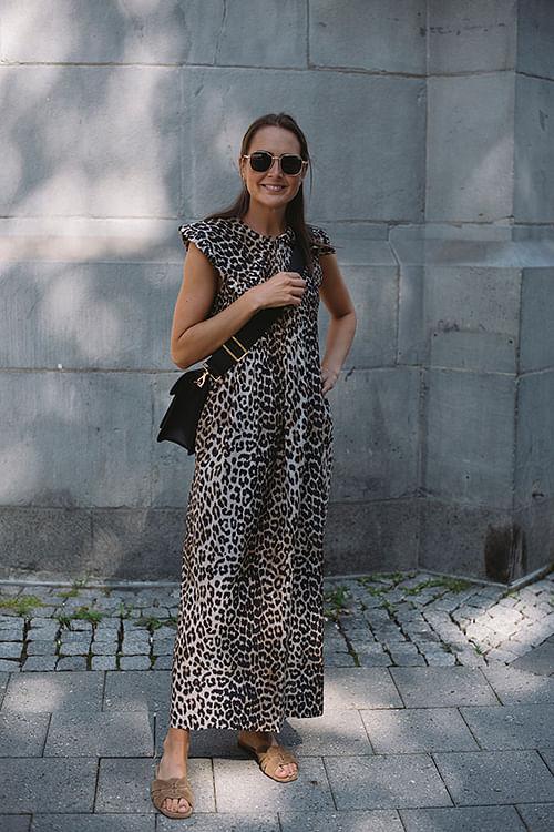 GANNI Cotton Silk Smock Maxi Dress Leopard kjole