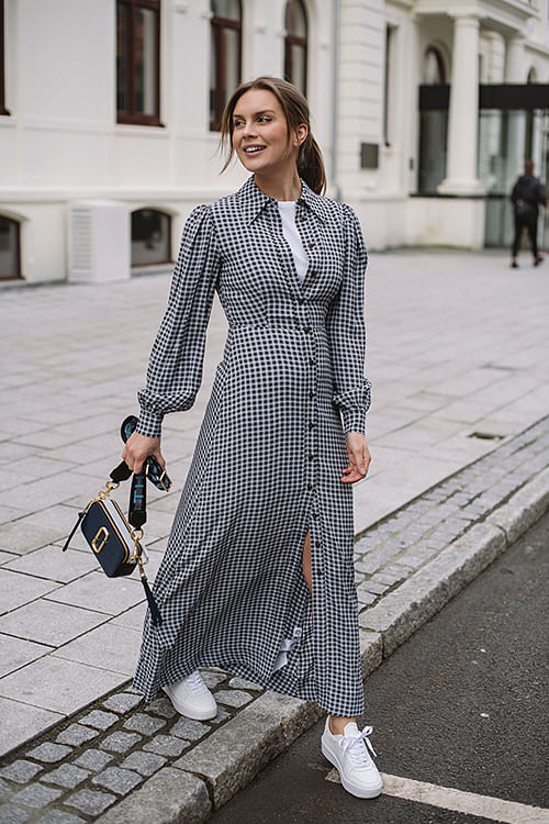 GANNI Printed Crepe Maxi Dress Brunnera Blue kjole