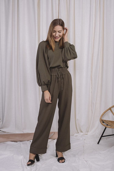 Heavy Crepe Wide Pants Kalamata