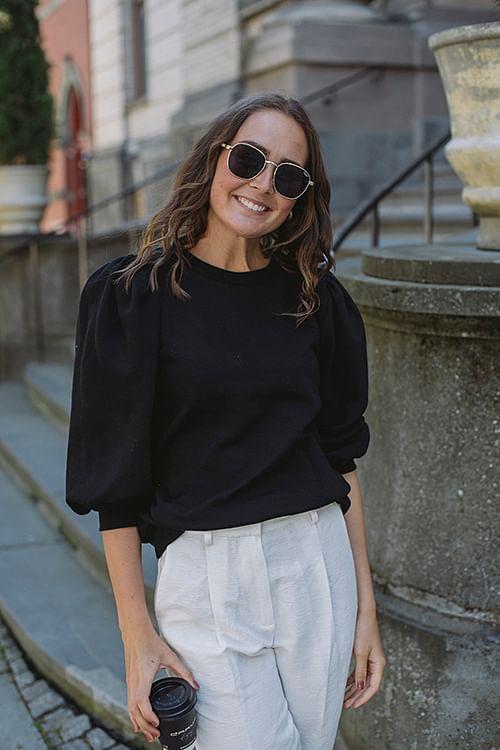 Nankita Sweater Black