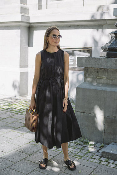 Sori Sleeveless Dress Black