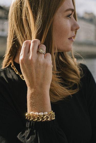 Lily Pearl Bracelet