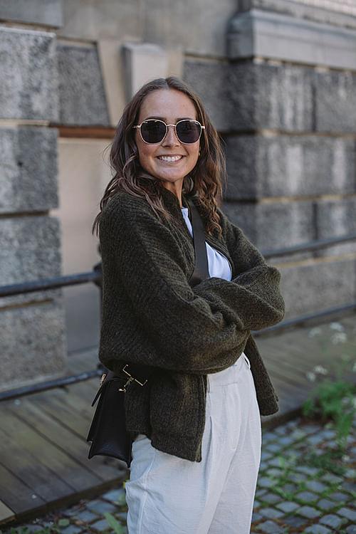 Holzweiler Penguin Knit Cardigan Olive Melange cardigan strikk