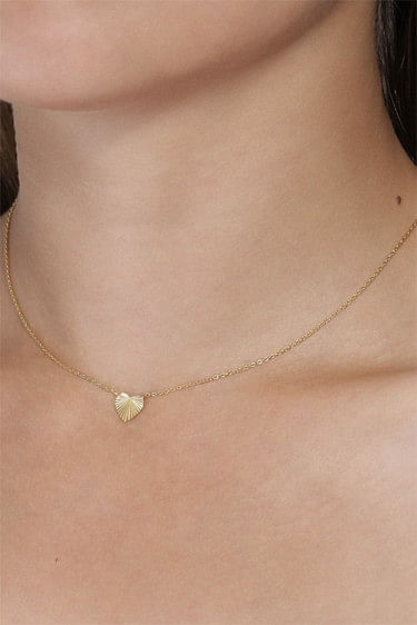 Reflection Heart Necklace Gold