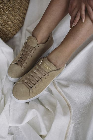 Deuce Court Sneakers Beige