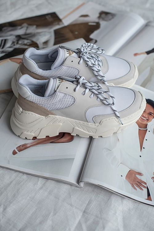 Sprint Mesh Sneakers White | Carma