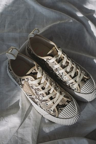 Fresh Snake Sneakers Beige