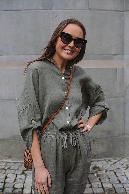Julie Shirt Oliven