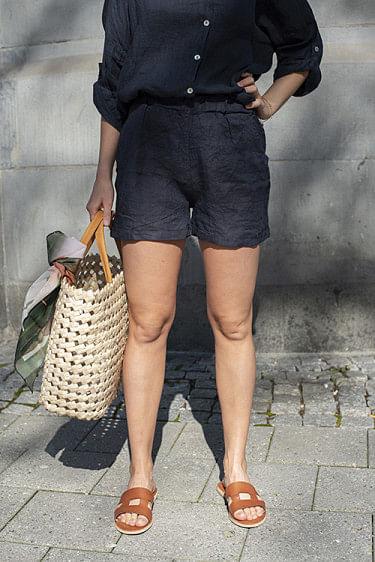 Linen Shorts Navy