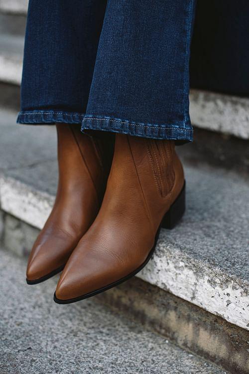 Sage Boots Brown