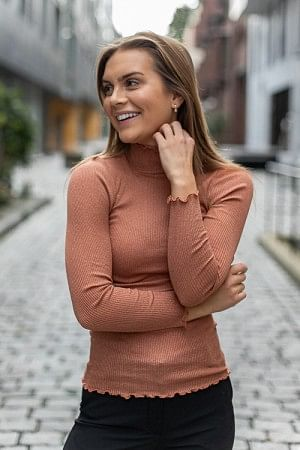 Silk T-Shirt Turtle LS Copper Brown Shine