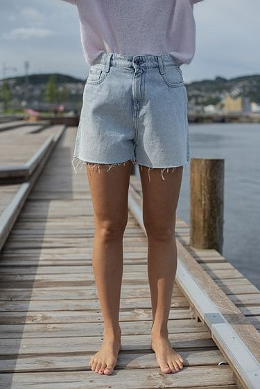 Denim Diamond Shorts Light Blue