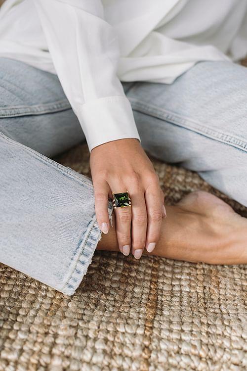 Theoo Grønn Zirconium Ring