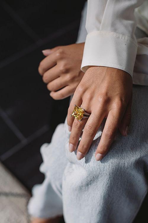 Theoo Gul Zirconium Ring