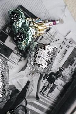 White Currants & Alpine Lace Boxed Mini Pedesetal Glass 25t