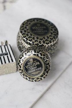Crisp Champagne Dec Tin 25t