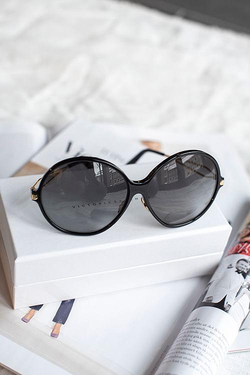 Victoria Beckham Fine Acetate Oversized Round Black solbriller