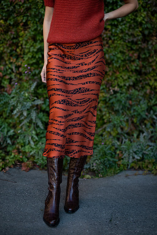 Bar Silk Skirt Rust Zebra