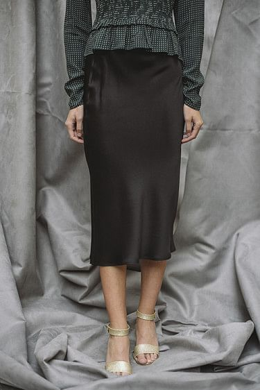 Bar Silk Skirt Black