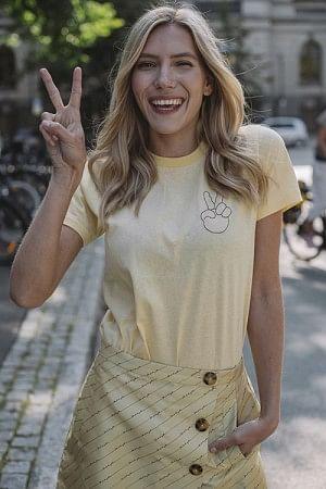 Jolee T-Shirt Straw Yellow