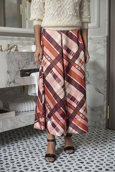 Classy Skirt Check