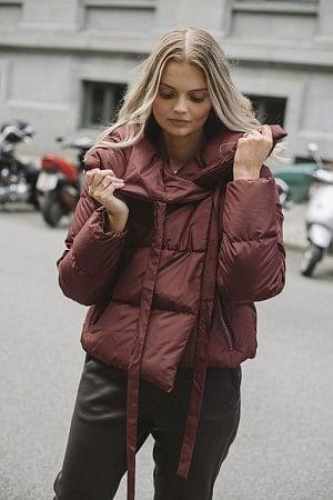 Puffa Jacket Bordeaux