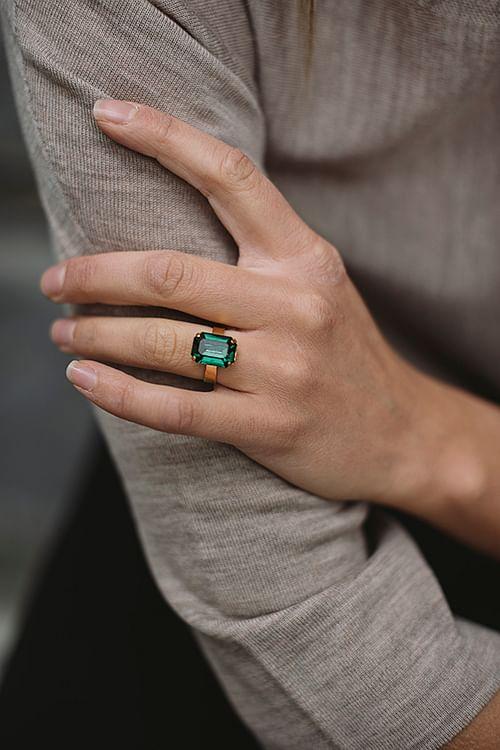 Caroline Svedbom Lydia Ring Emerald