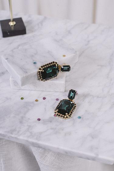 Alexa Earrings Gold Emerald Jet